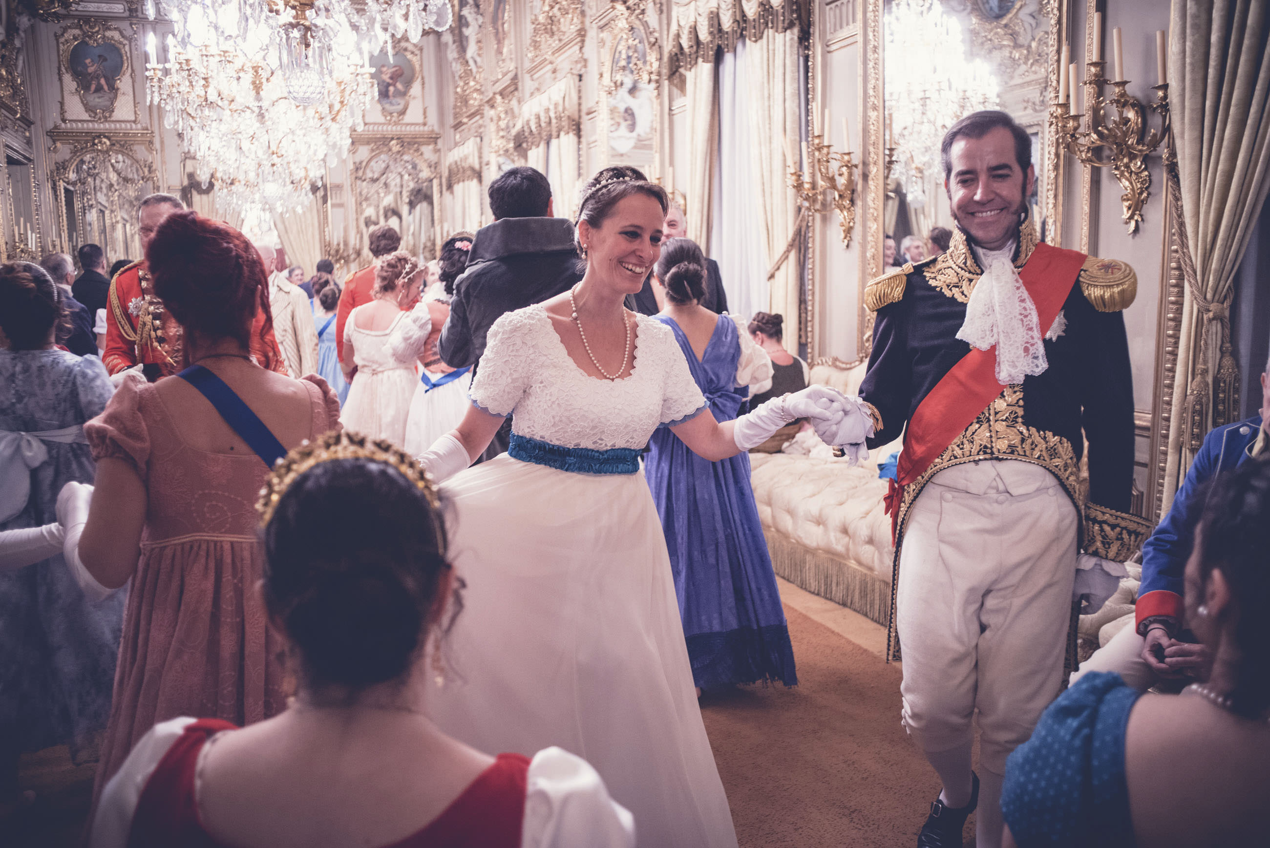 Revista Reicaz | Regency Ball